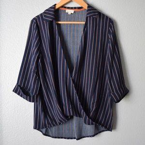 Hem & Thread Twist Hem Top Blouse Size Medium